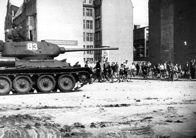 Dank euch, ihr Sowjetsoldaten!