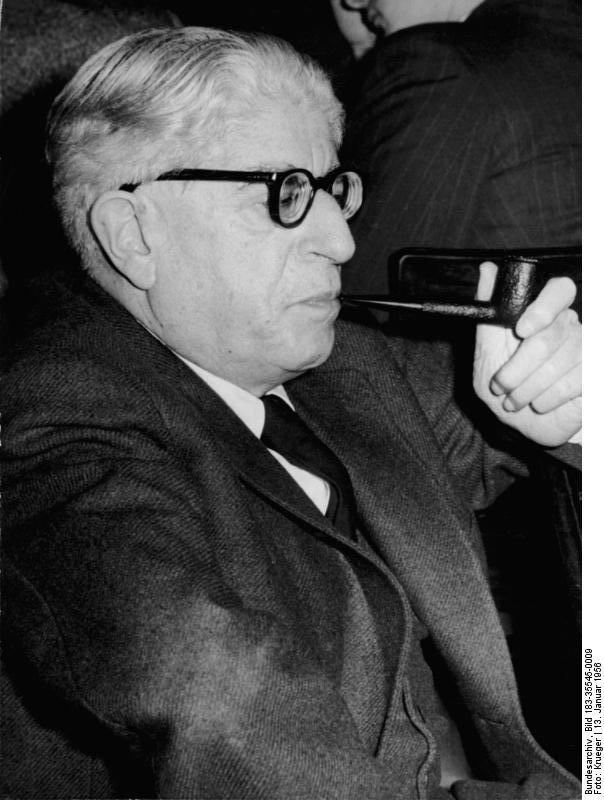 Berlin, Ernst Bloch auf 15. Schriftstellerkongress in Berlin (DDR) 1956Foto: Krueger/ADN - Bundesarchiv
