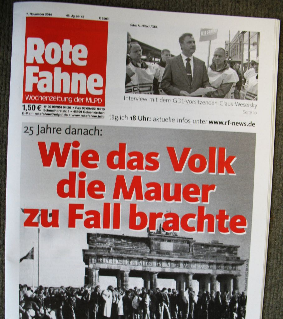 RotzfahneMauerFall