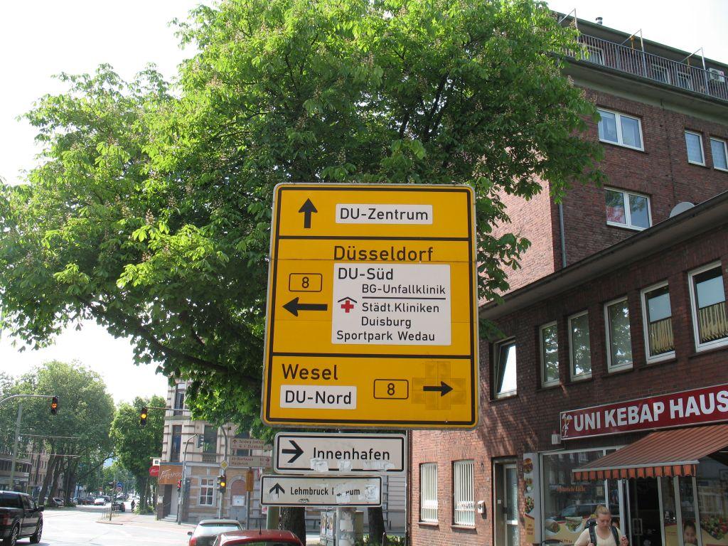 Wegweiser-gelb